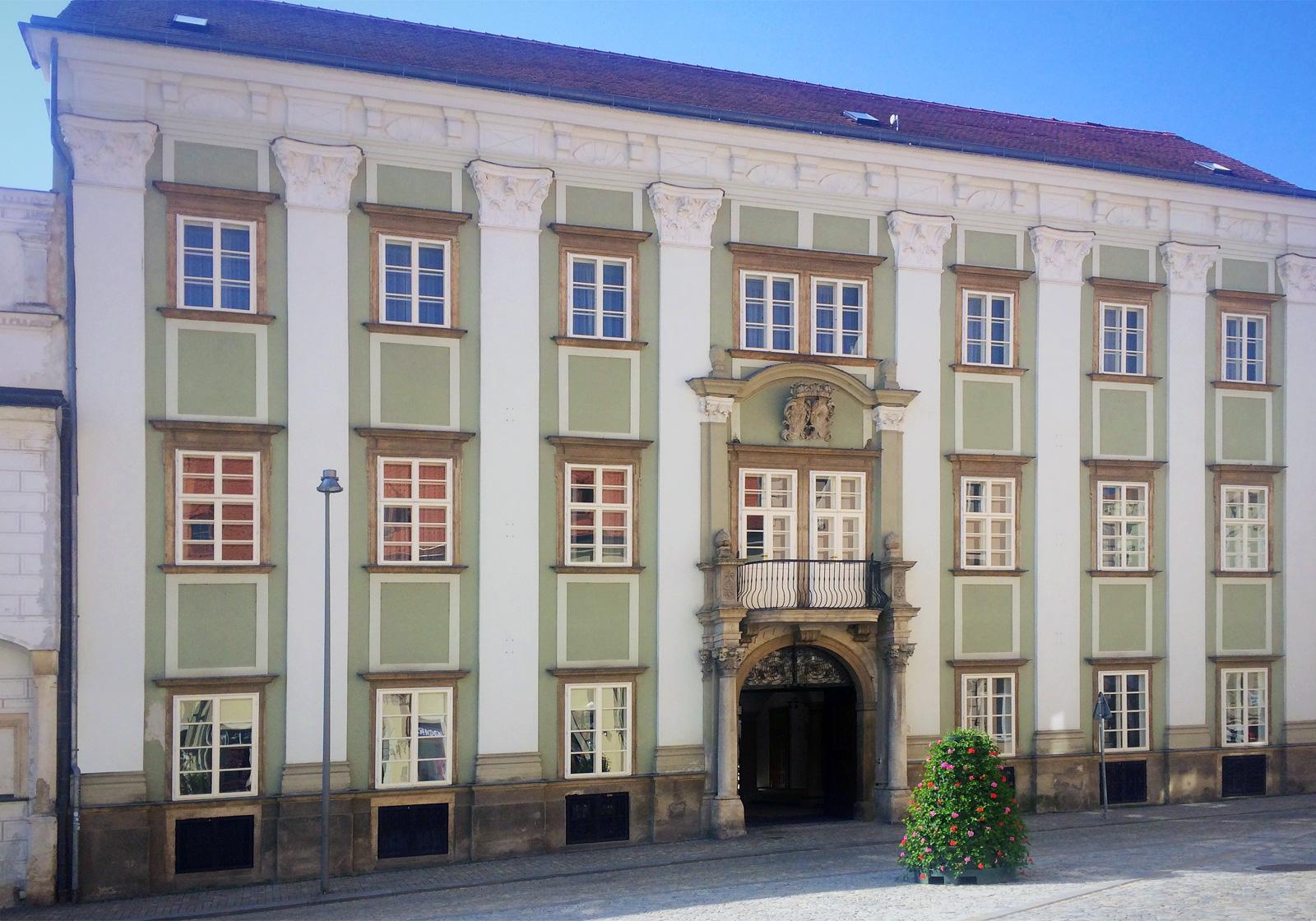 Altahnský palác